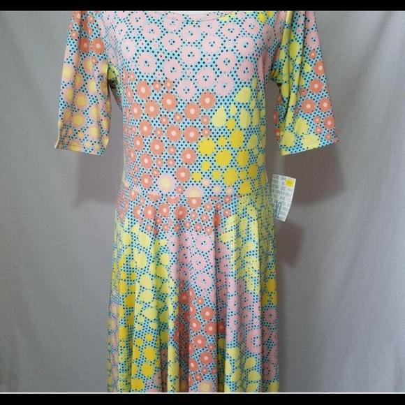 LuLaRoe Dresses & Skirts - NWT LULAROE DRESS
